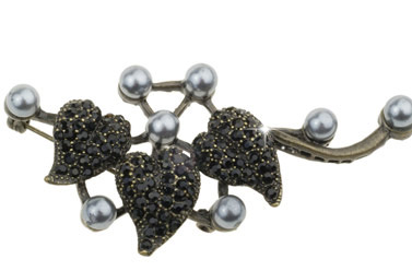 pearl abstract brooch