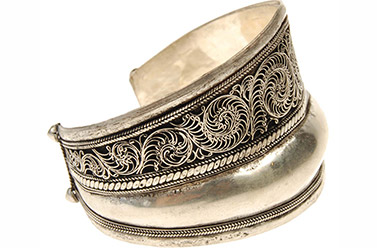 Full view of Tibetan silver bangle bracelet
